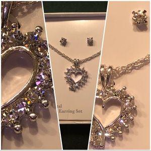 "Jewelry - NWOT Genuine crystal 18"" Pendant & Earring Set"